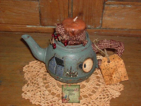 Prim Saltbox Teapot |www.raggedy-bits.com