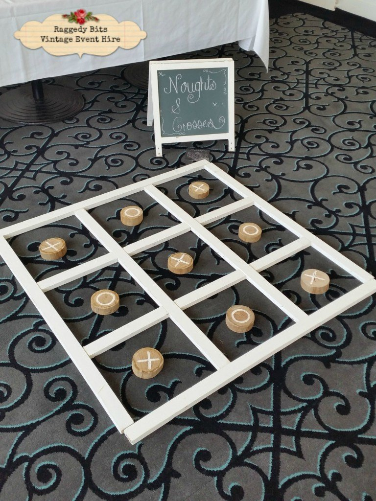 Vintage Hire Games |Noughts and Crosses|www.raggedy-bits.com